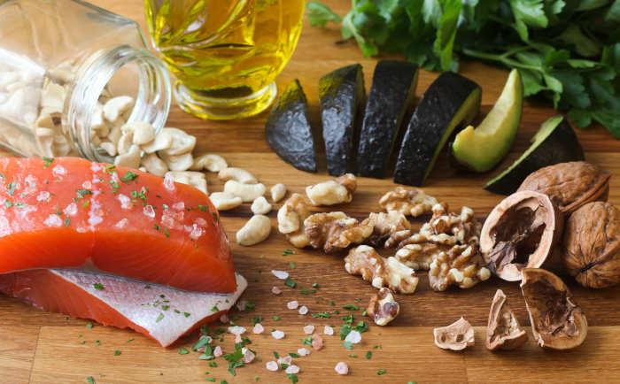 Alimenti salubri contenenti colesterolo buono (HDL)